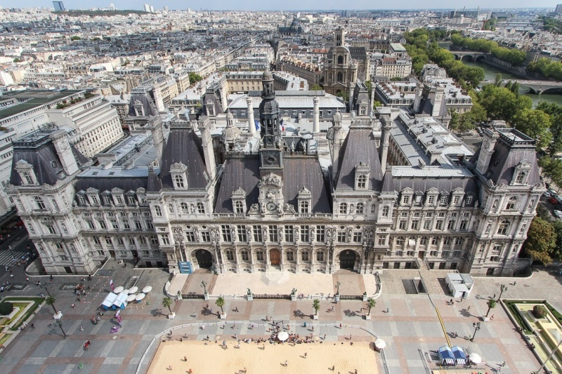paris-hotel-de-ville-beach-volley